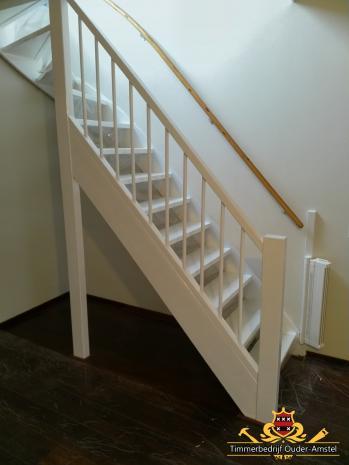 Trap met traphek (nieuwe situatie)